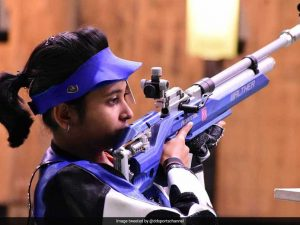 17-year-old Mehuli Ghosh won a silver in women's 10m air rifle event
